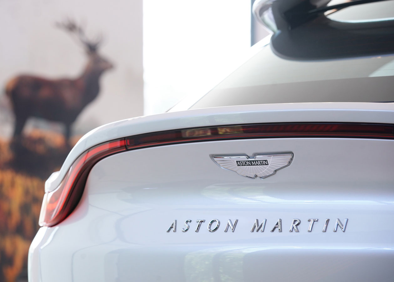 07-aston-martin-dbx-2021-launches-in-thailand-official.jpg