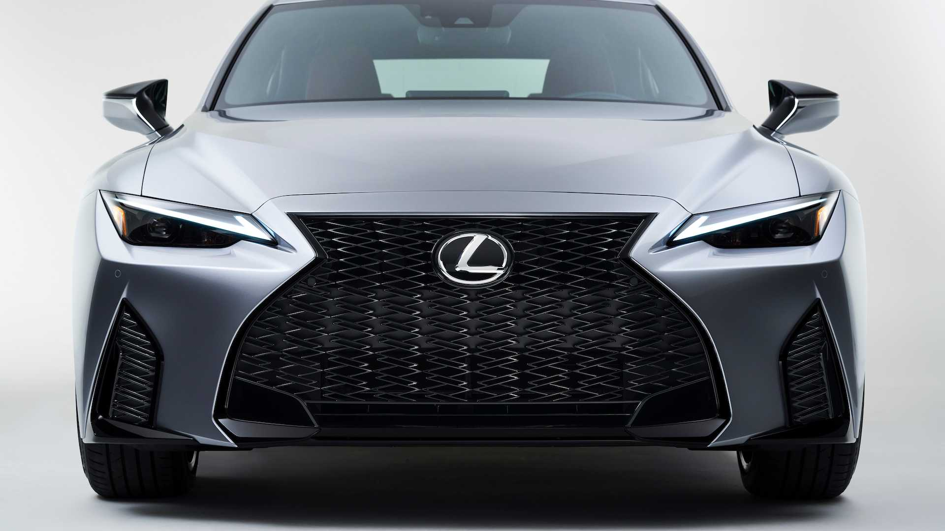 2021-lexus-is-10.jpg
