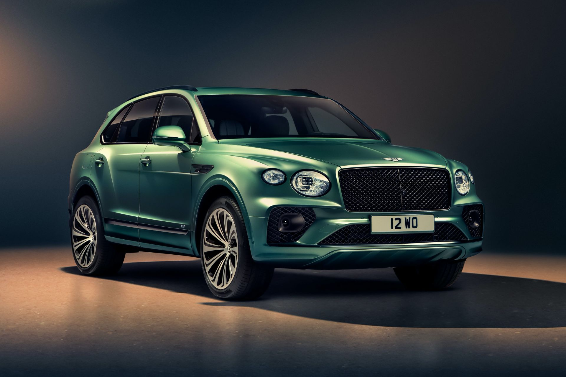 2021-bentley-bentayga-facelift-4.jpg