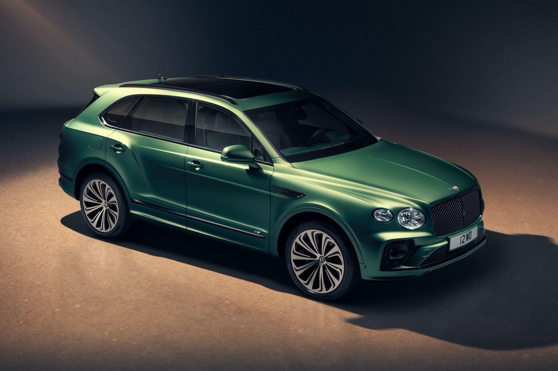 2021-bentley-bentayga-facelift-5.jpg