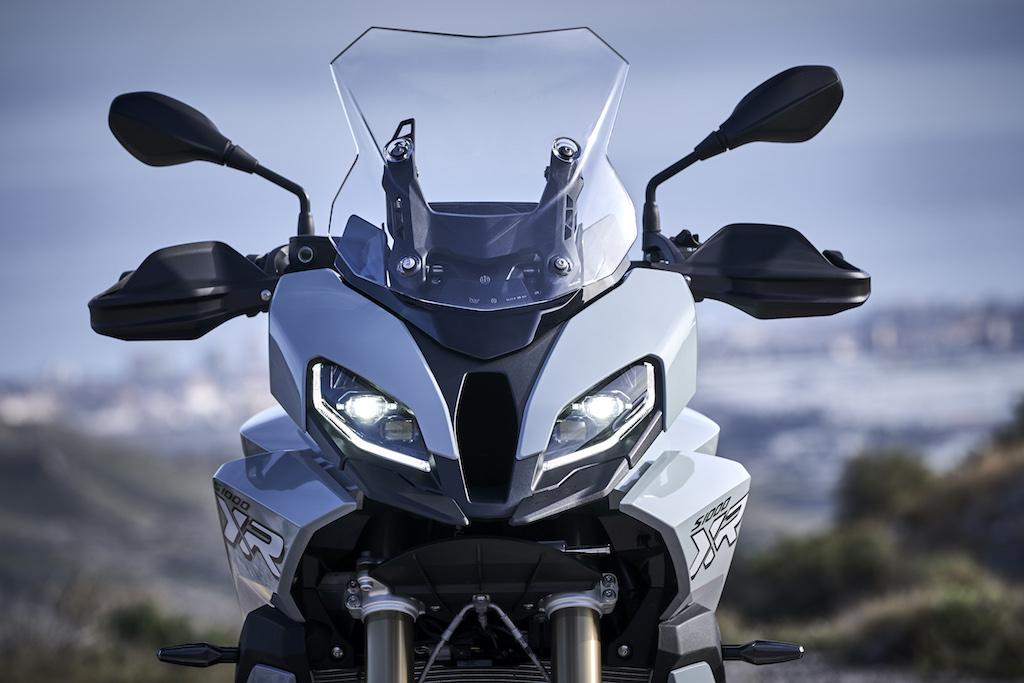 bmw-motorrad-s1000xr-2020-9.jpg