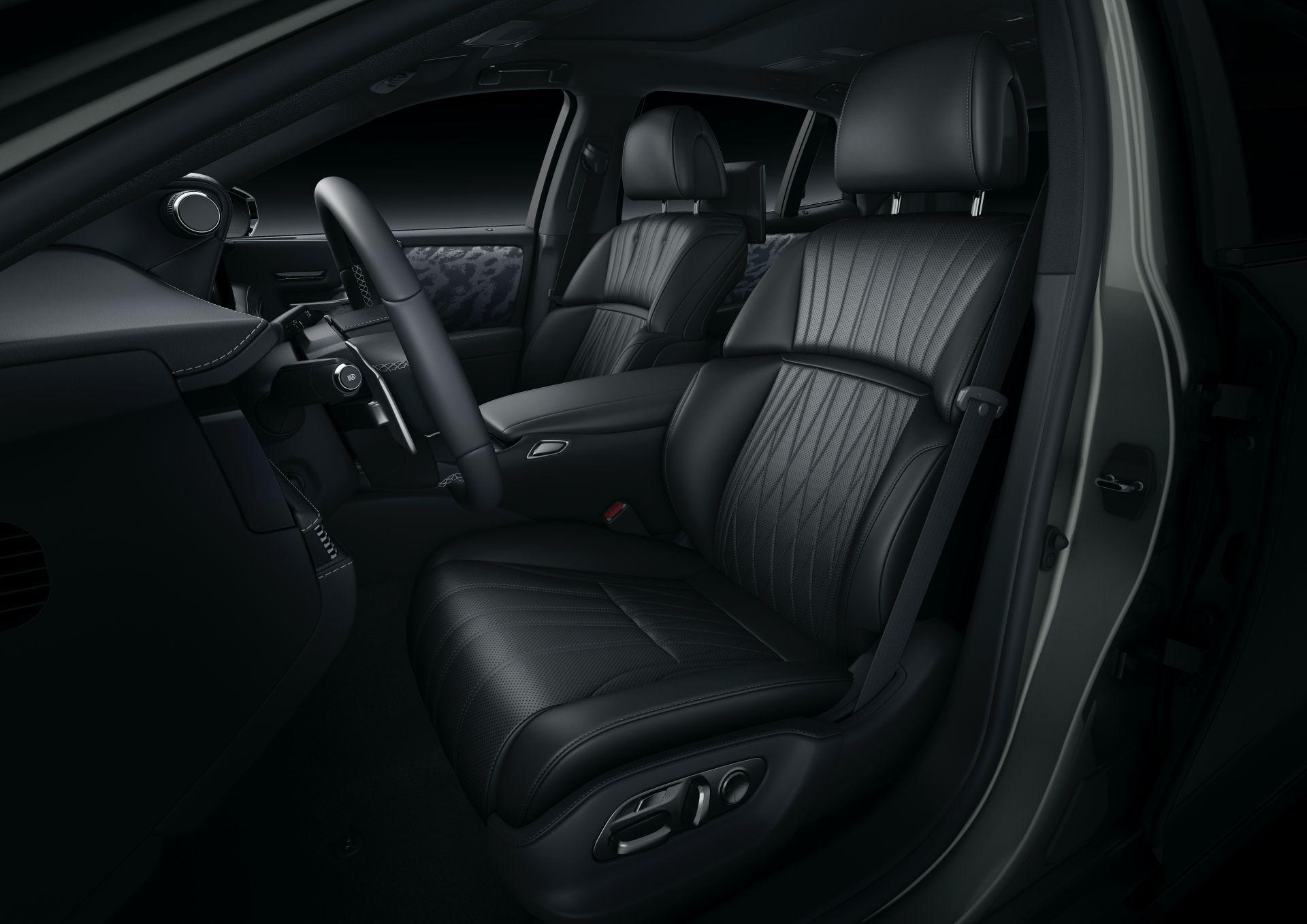 2021-lexus-ls-facelift-22.jpg