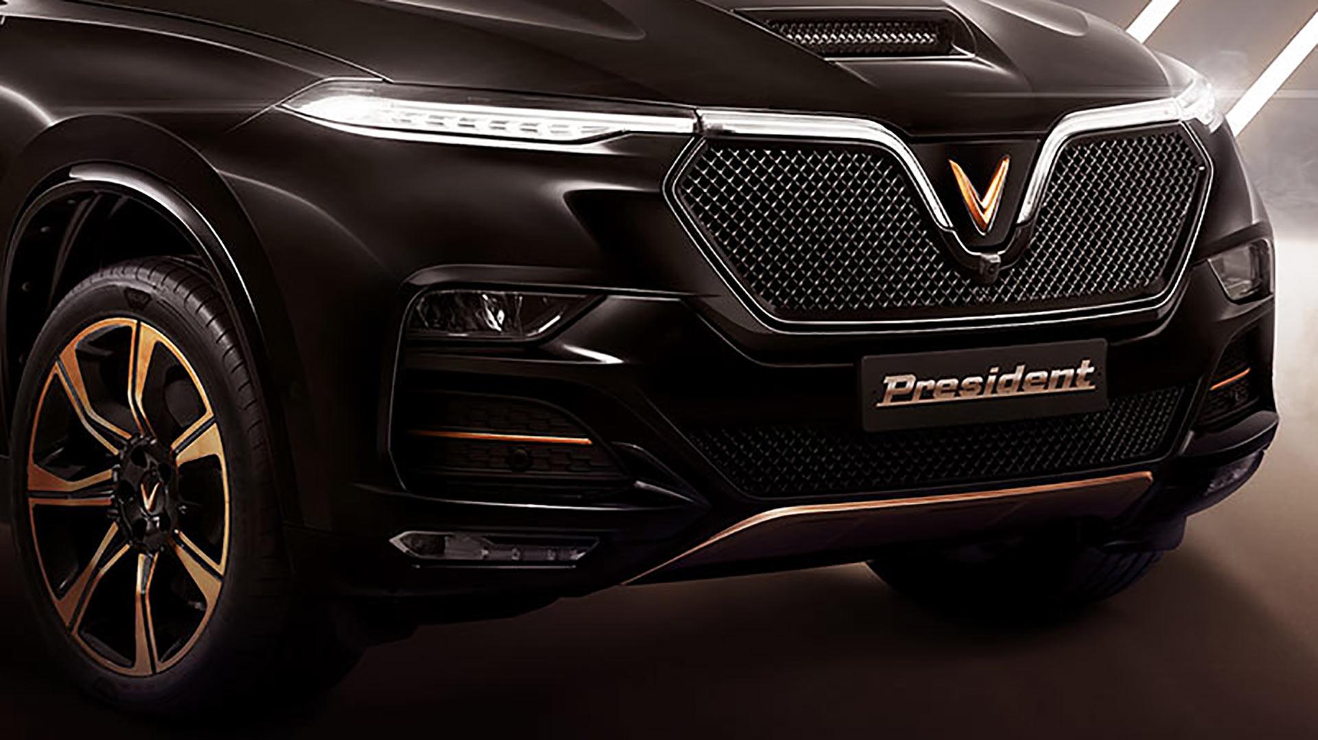 Chọn Lincoln Navigator hay BMW X7 tầm giá trên 7 tỷ?