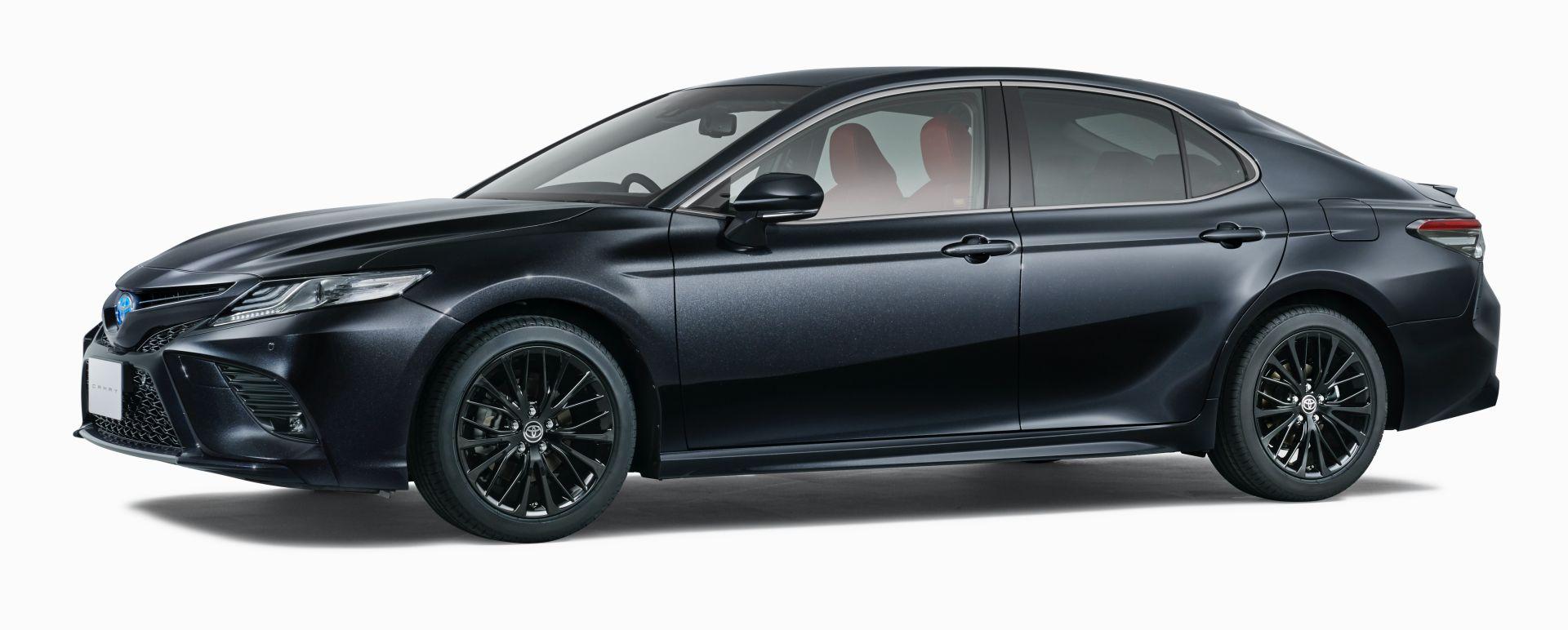 2020-toyota-camry-black-edition-jdm-spec-3.jpg