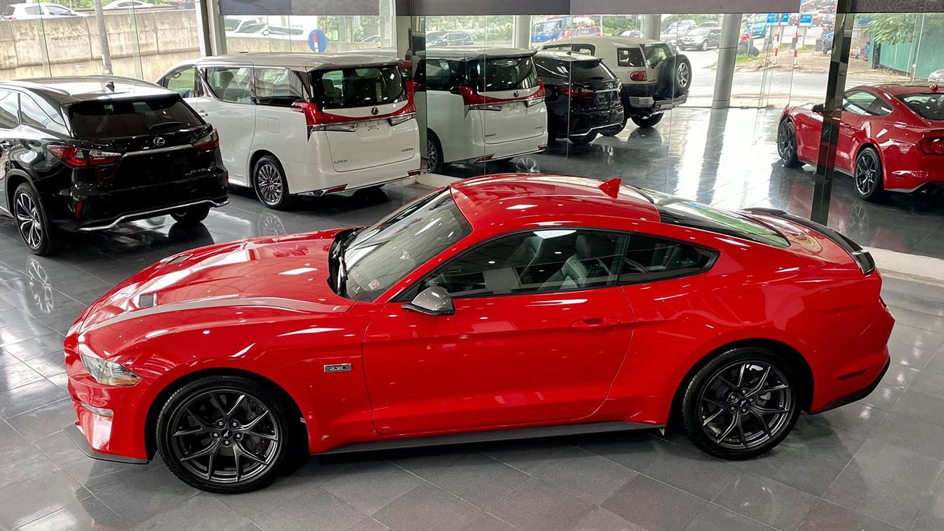 NGỰA HOANG Ford Mustang High Performance 2020 đầu tiên về Việt Nam