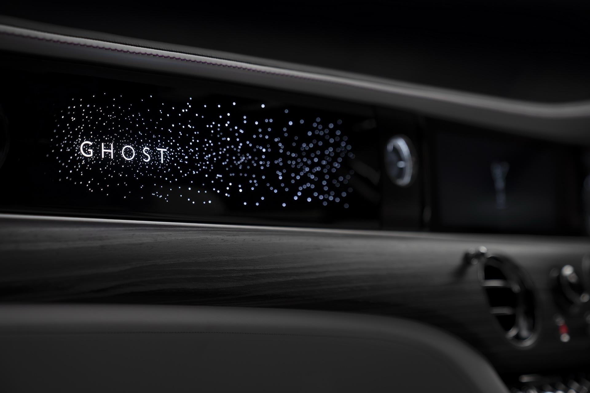 2021-rolls-royce-ghost-24.jpg