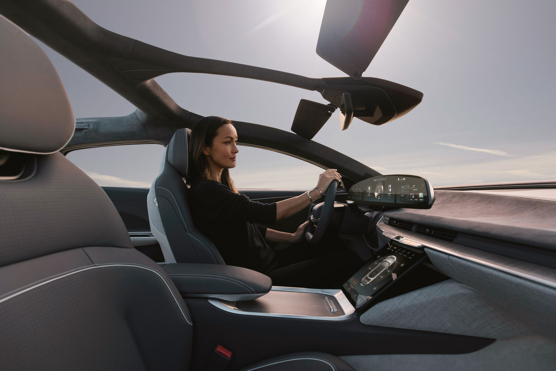 2021-lucid-air-4-1.jpg