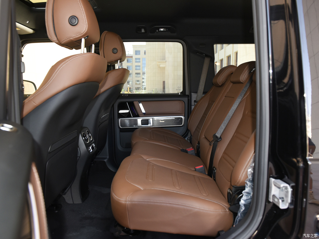 2021-mercedes-benz-g350-china-35.jpg