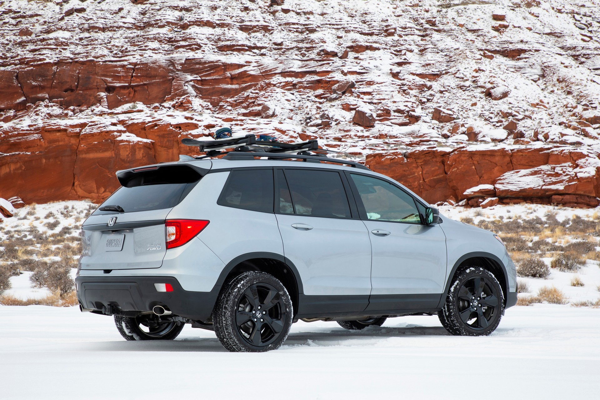 2021-honda-passport-10.jpg