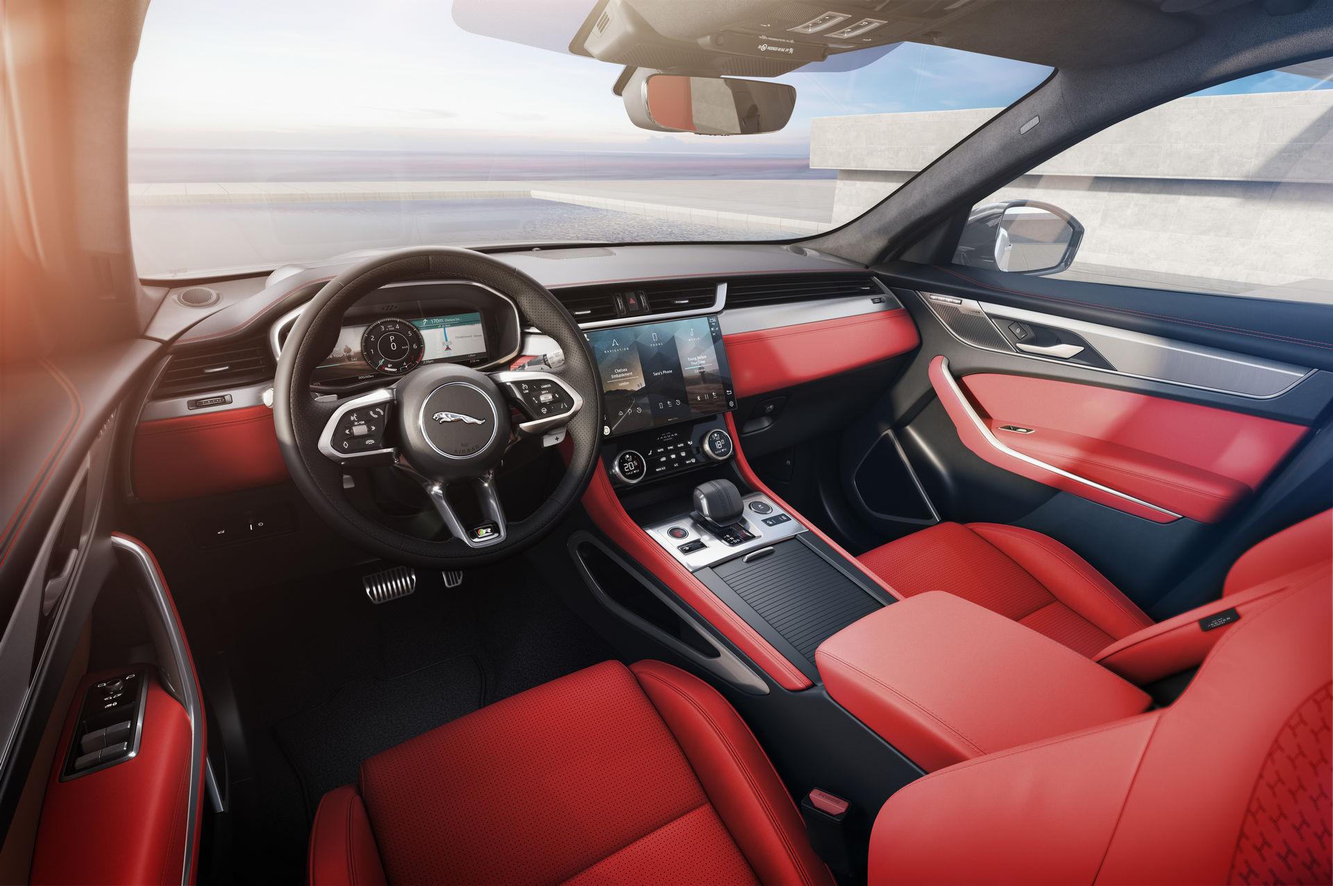 2021-jaguar-f-pace-131.jpg