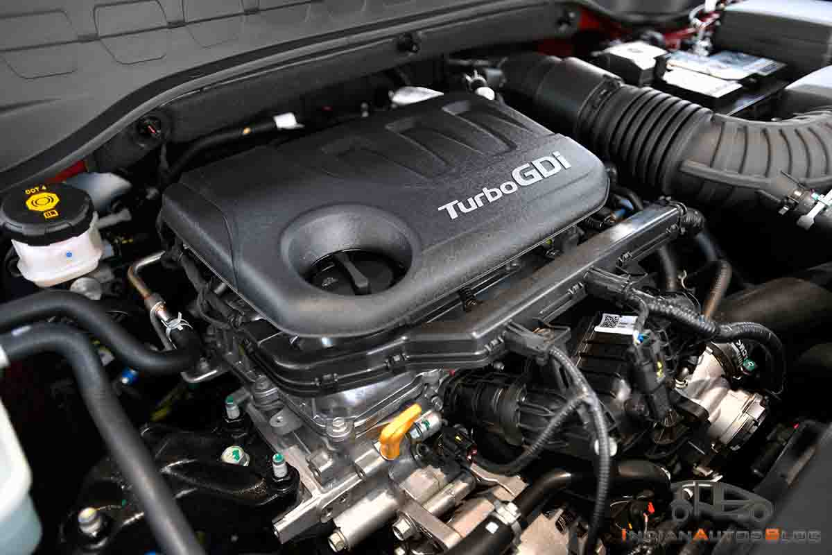kia-sonet-images-turbo-petrol-engine-bay-395b.jpg