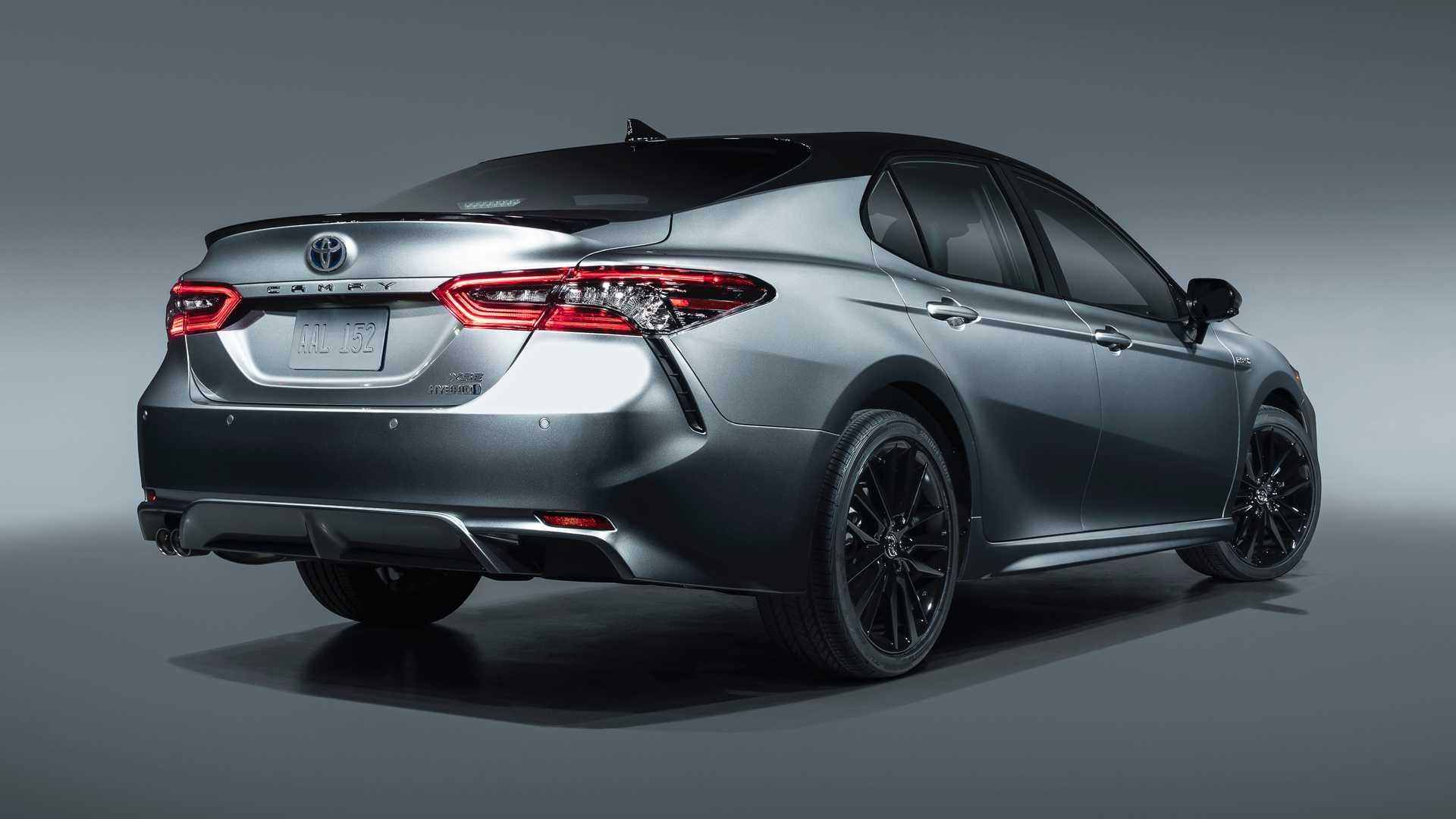 2021-toyota-camry-xse-hybrid (1).jpg