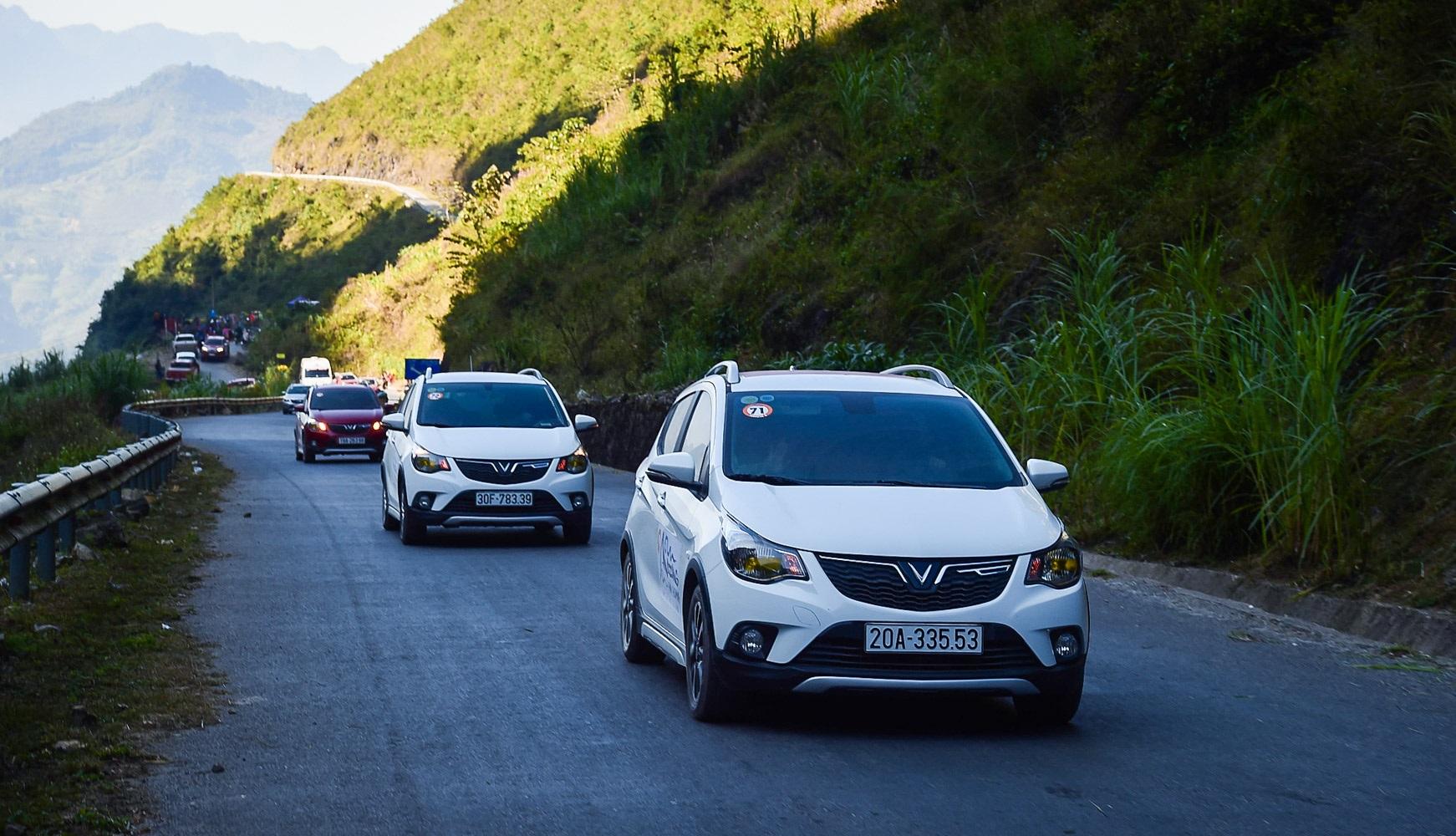 Top 10 xe bán chạy nhất Việt Nam năm 2020 VinFast Fadil là mẫu xe hạng A được ưa chuộng nhất năm 2020 VinFast Fadil ưu đãi tốt nhất từ trước tới nay fadil2.JPG