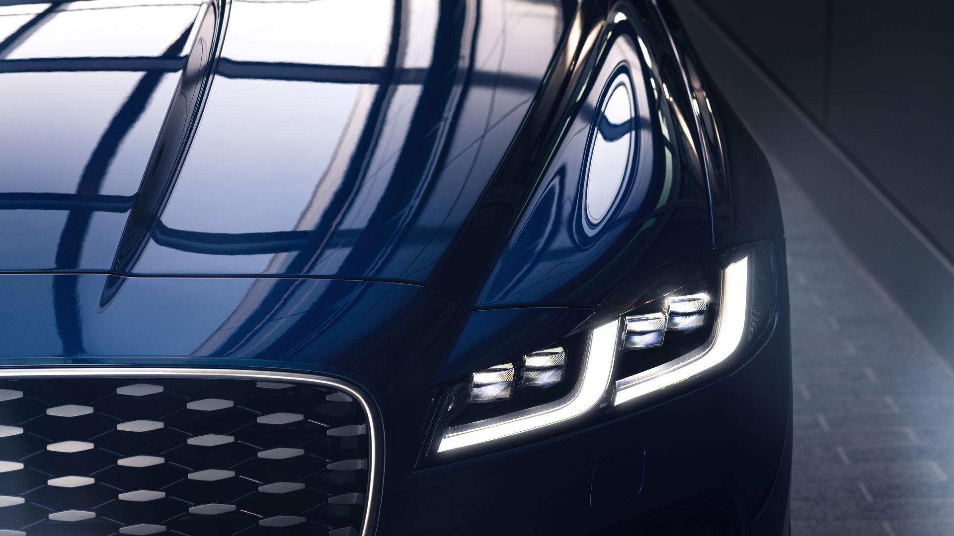 jaguar-xf-75.jpg