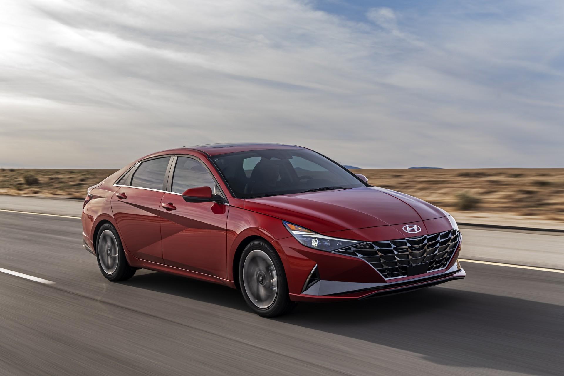 Hyundai Elantra 2021 chốt giá từ 19.650 USD, bản N Line có giá từ 24.100 USD