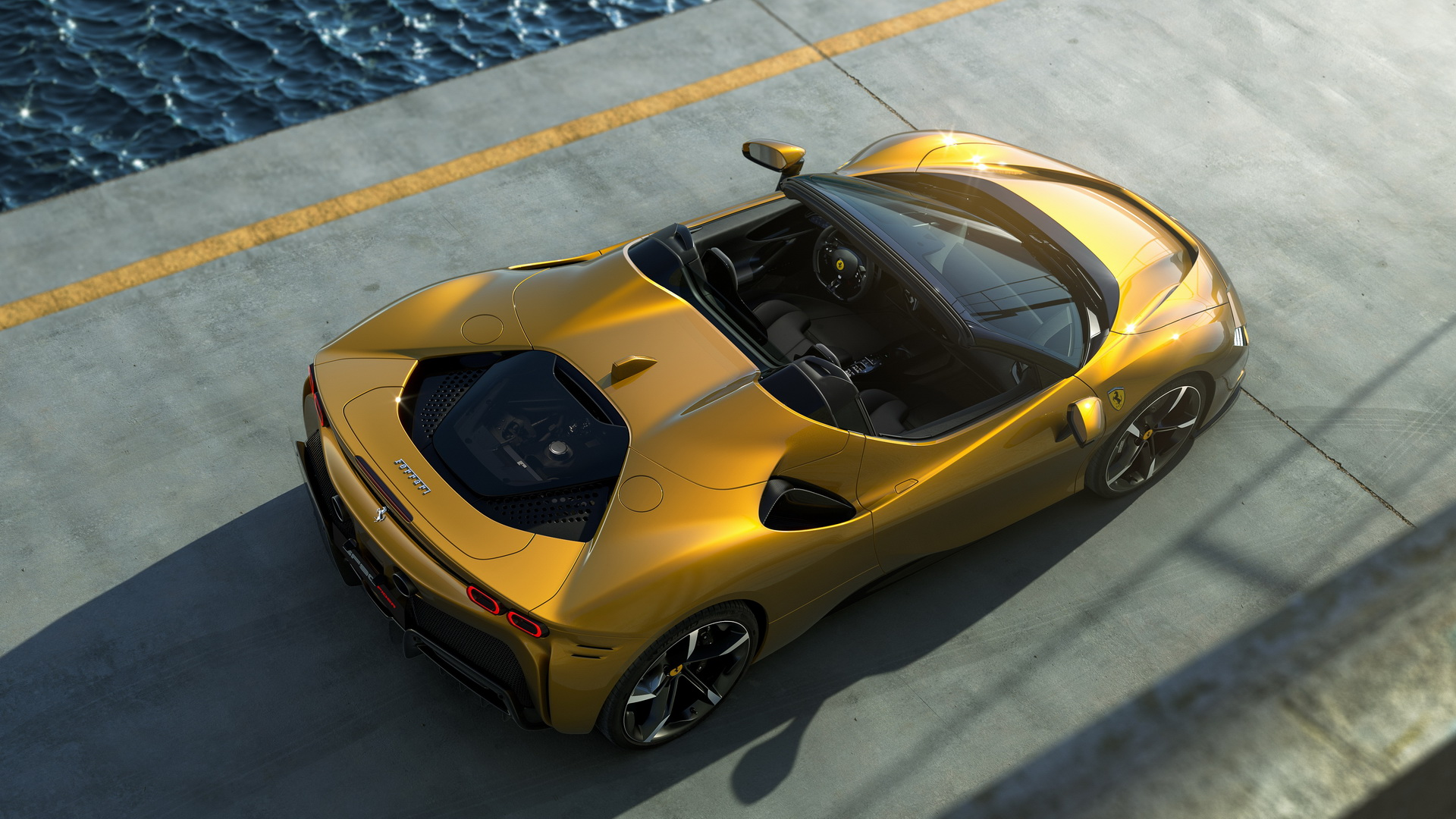 Ferrari giới thiệu SF90 Spider hoàn toàn mới mạnh 986 mã lực