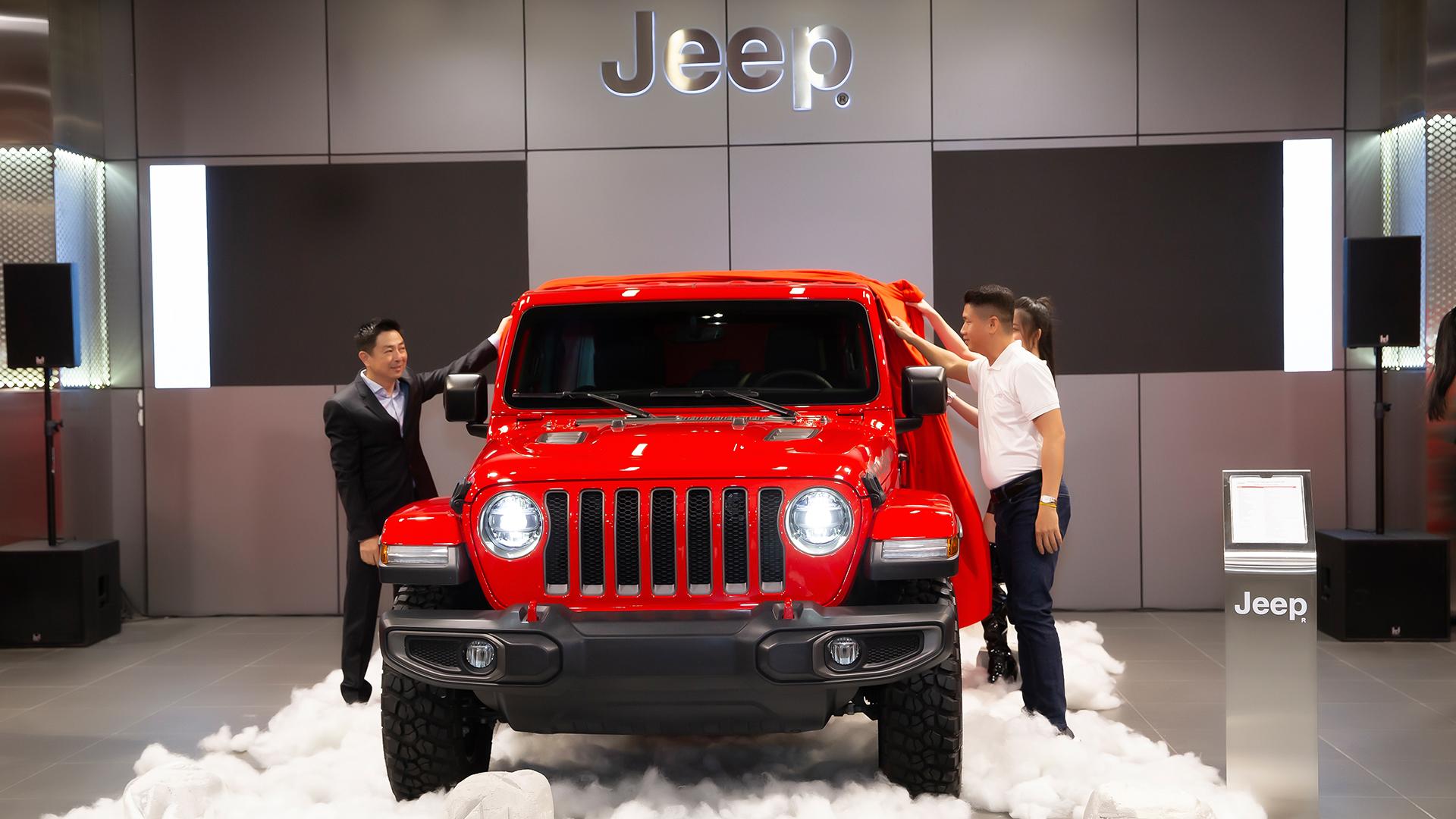 Khai trương showroom Jeep chính hãng tại Việt Nam jeep.jpg