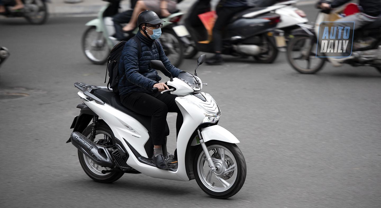 Xe máy Honda đời mới tại Việt Nam đồng loạt bỏ công tắc đèn