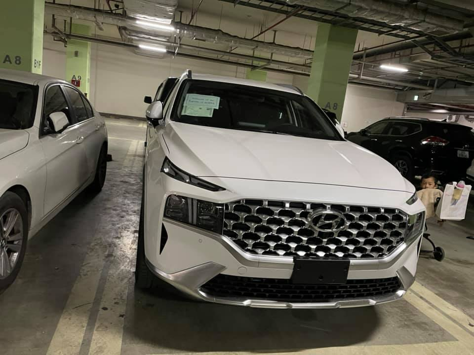 Loạt xe hot sắp ra mắt, hứa hẹn gây sốt thị trường xe Việt năm 2021 Thêm Hyundai Santa Fe 2021 về Việt Nam, bản nhập khẩu hyundai-santa-fe-20216.jpg