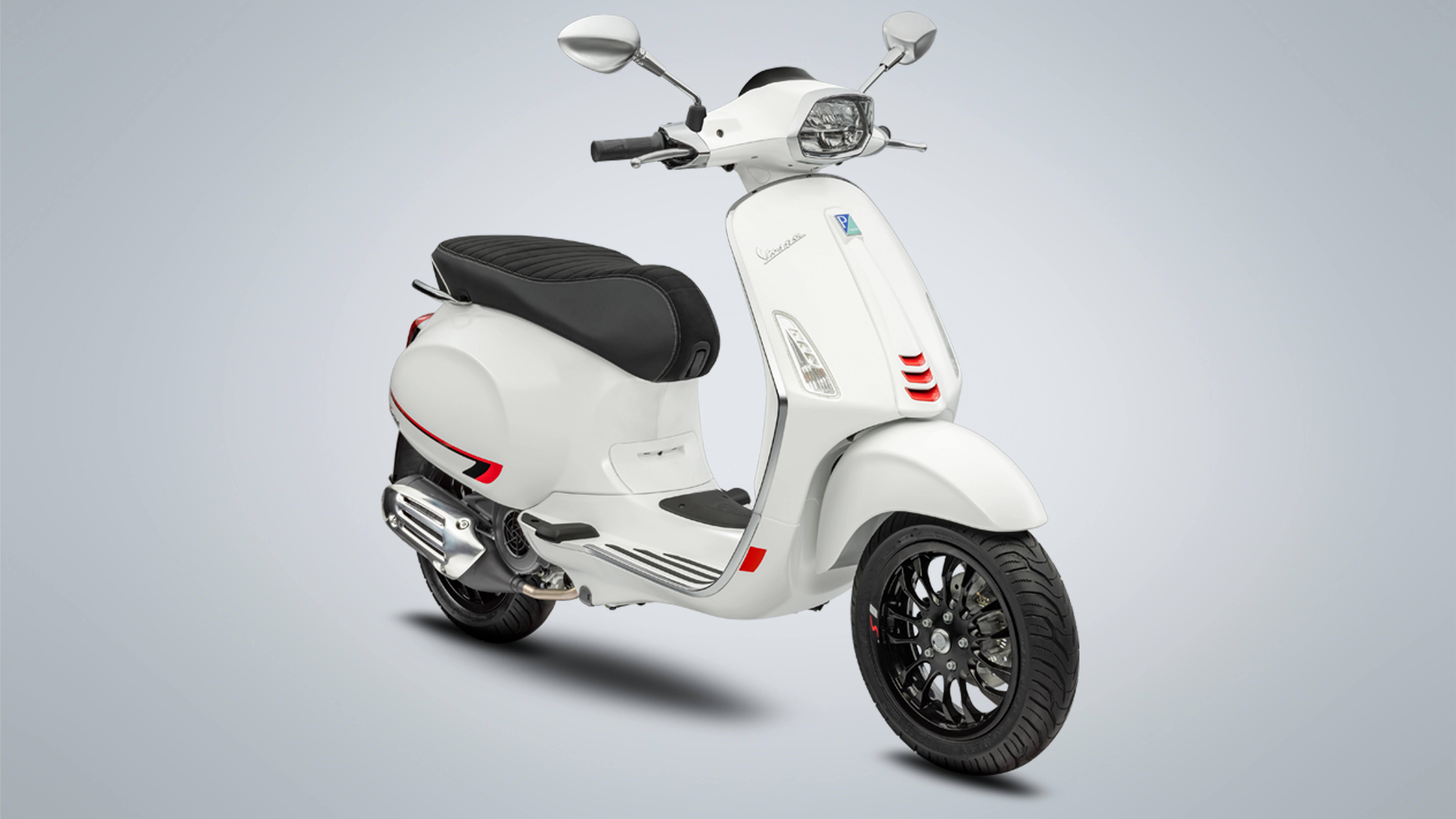 Piaggio Việt Nam tung ưu đãi hấp dẫn mừng năm mới 2021
