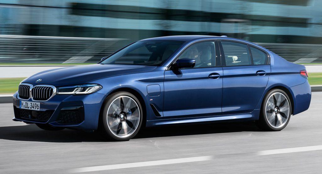 BMW là hãng xe sang bán chạy nhất tại Mỹ năm 2020
