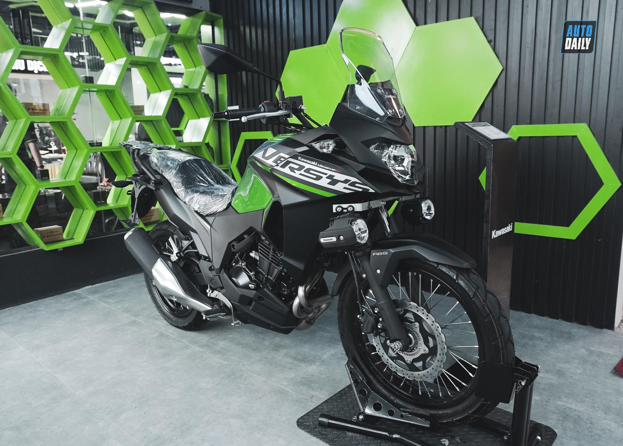 Khai trương showroom Kawasaki Thưởng Motor: Ưu đãi ngập tràn kawasaki-10.jpg