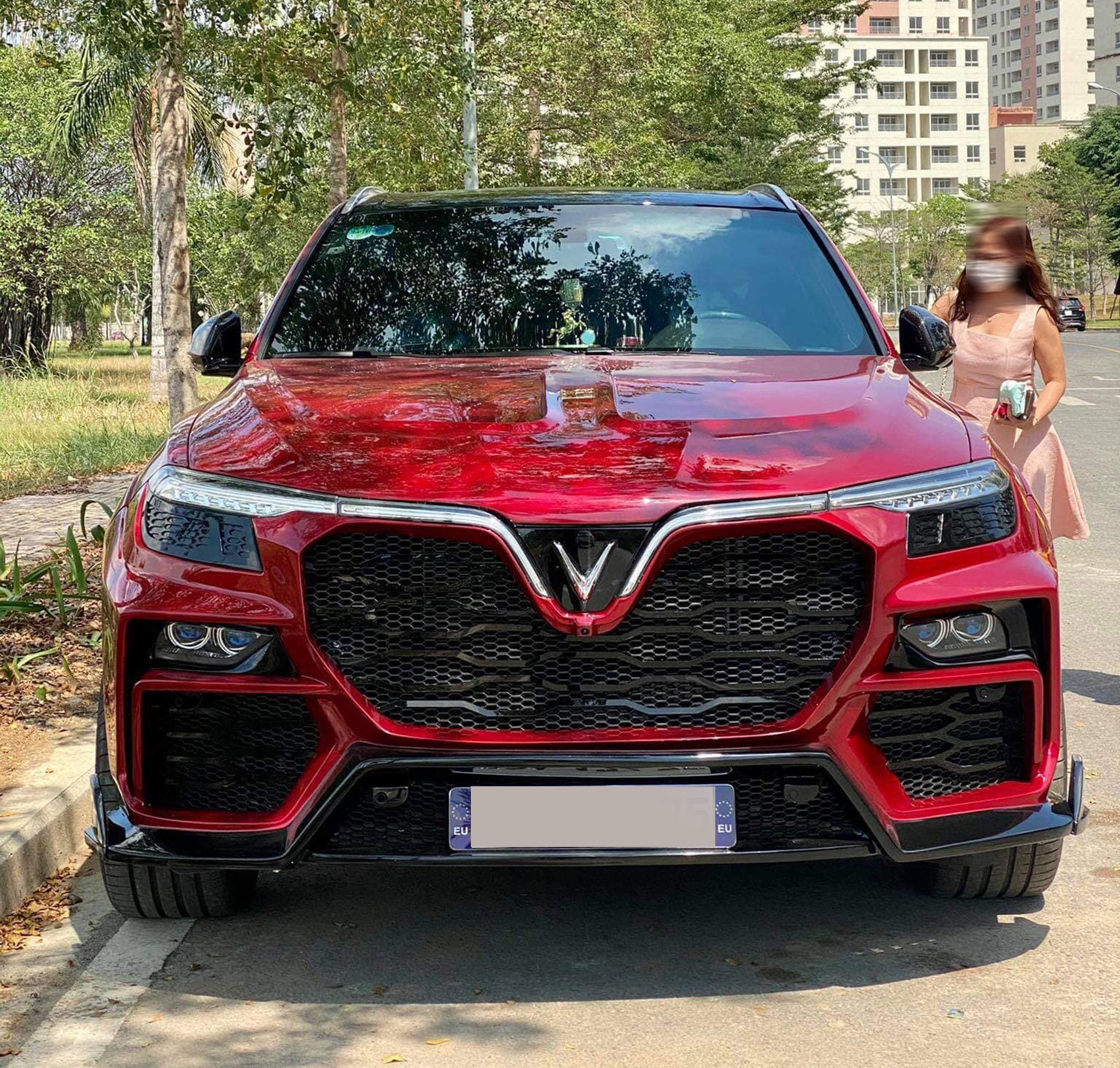 VinFast Lux SA2.0 độ Widebody cực chất đầu tiên tại Việt Nam 145467432-3550958175030902-9089939875486144244-o.jpg