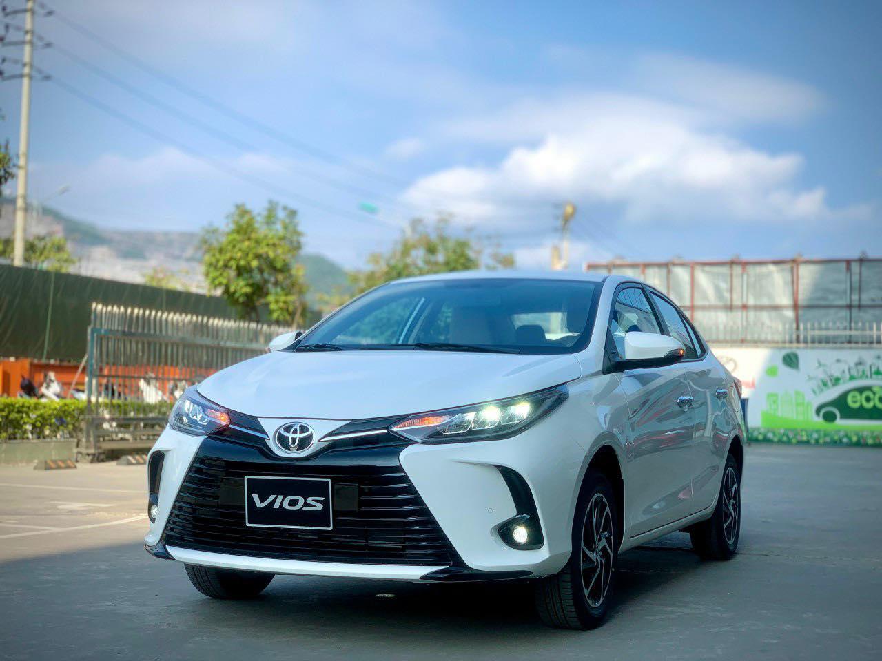 Toyota Vios 2021 về đại lý, quyết đấu Honda City 2021