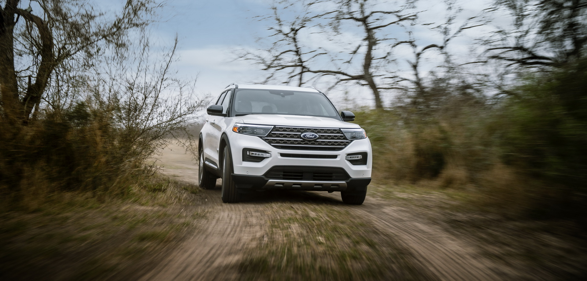 Ford Explorer King Ranch 2021 ra mắt, giá từ 52.350 USD 2021-ford-explorer-king-ranch-03.jpg
