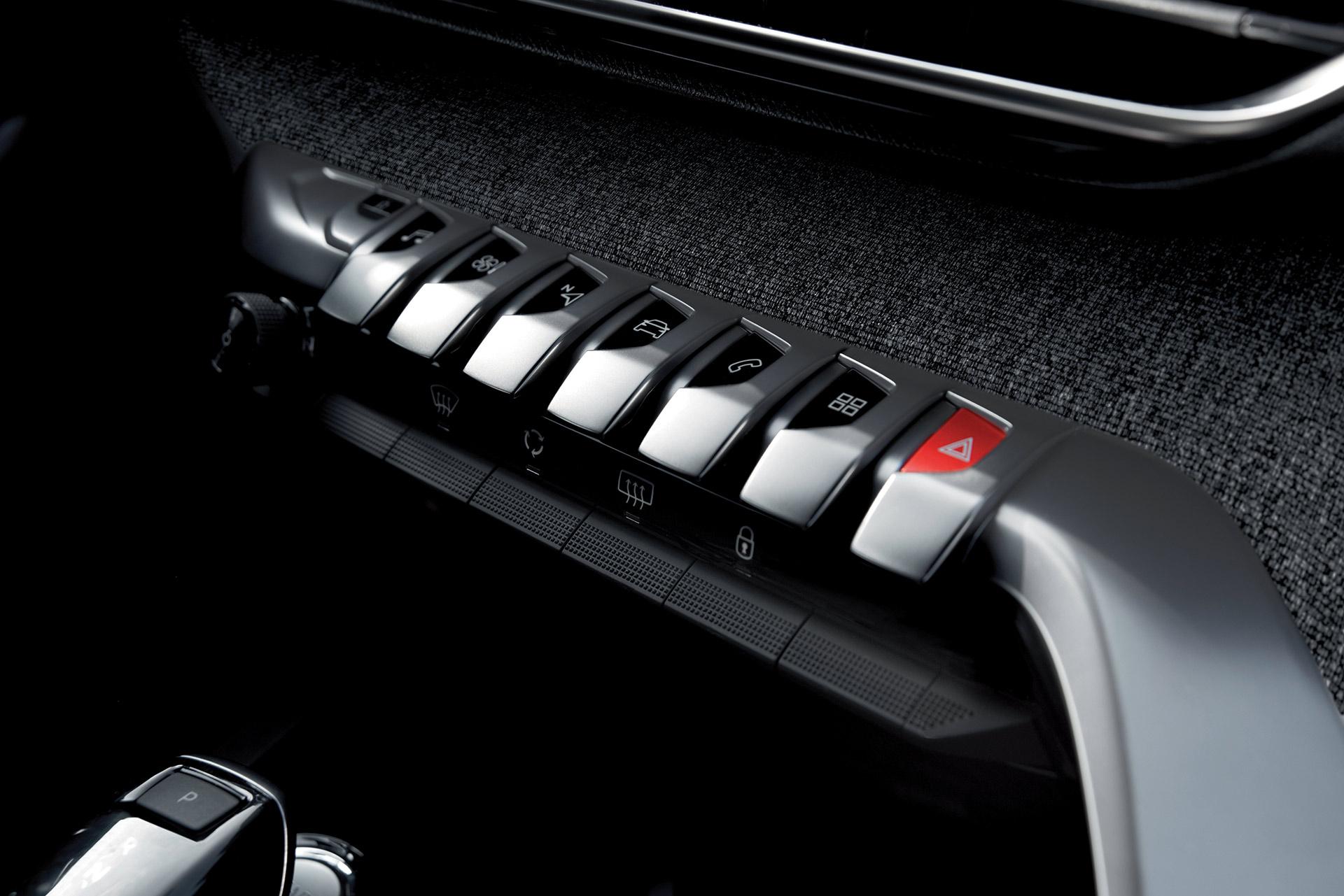 """Peugeot 5008 - Đối thủ """"nặng ký"""" trong phân khúc SUV 7 chỗ peugeot-5008-01.jpg"""