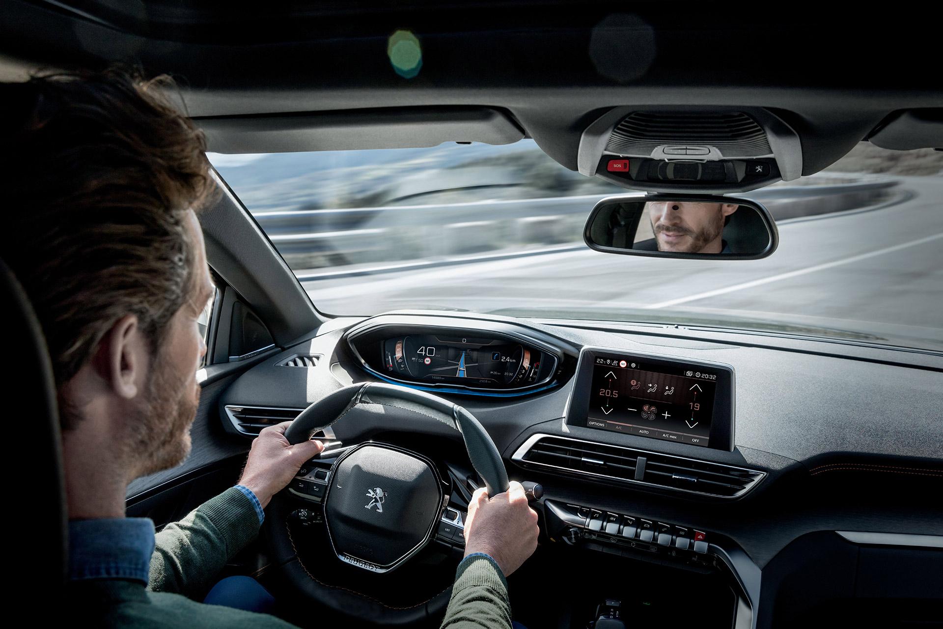 """Peugeot 5008 - Đối thủ """"nặng ký"""" trong phân khúc SUV 7 chỗ peugeot-5008-02.jpg"""