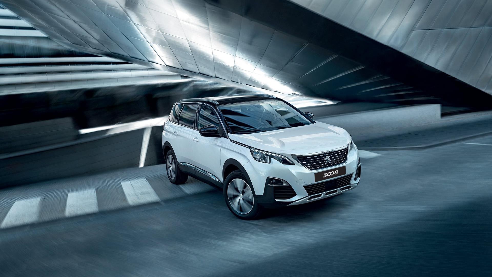 """Peugeot 5008 - Đối thủ """"nặng ký"""" trong phân khúc SUV 7 chỗ peugeot-5008-05.jpg"""