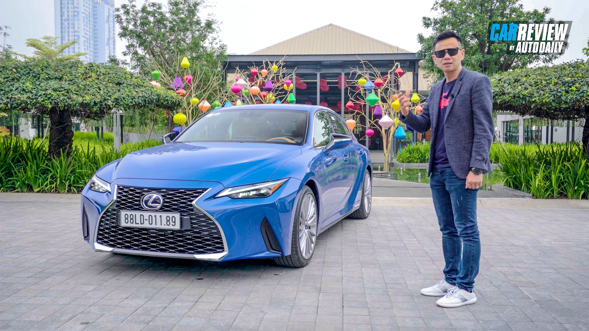 Trải nghiệm chi tiết Lexus IS 300h 2021 - ĐỐN TIM người hâm mộ