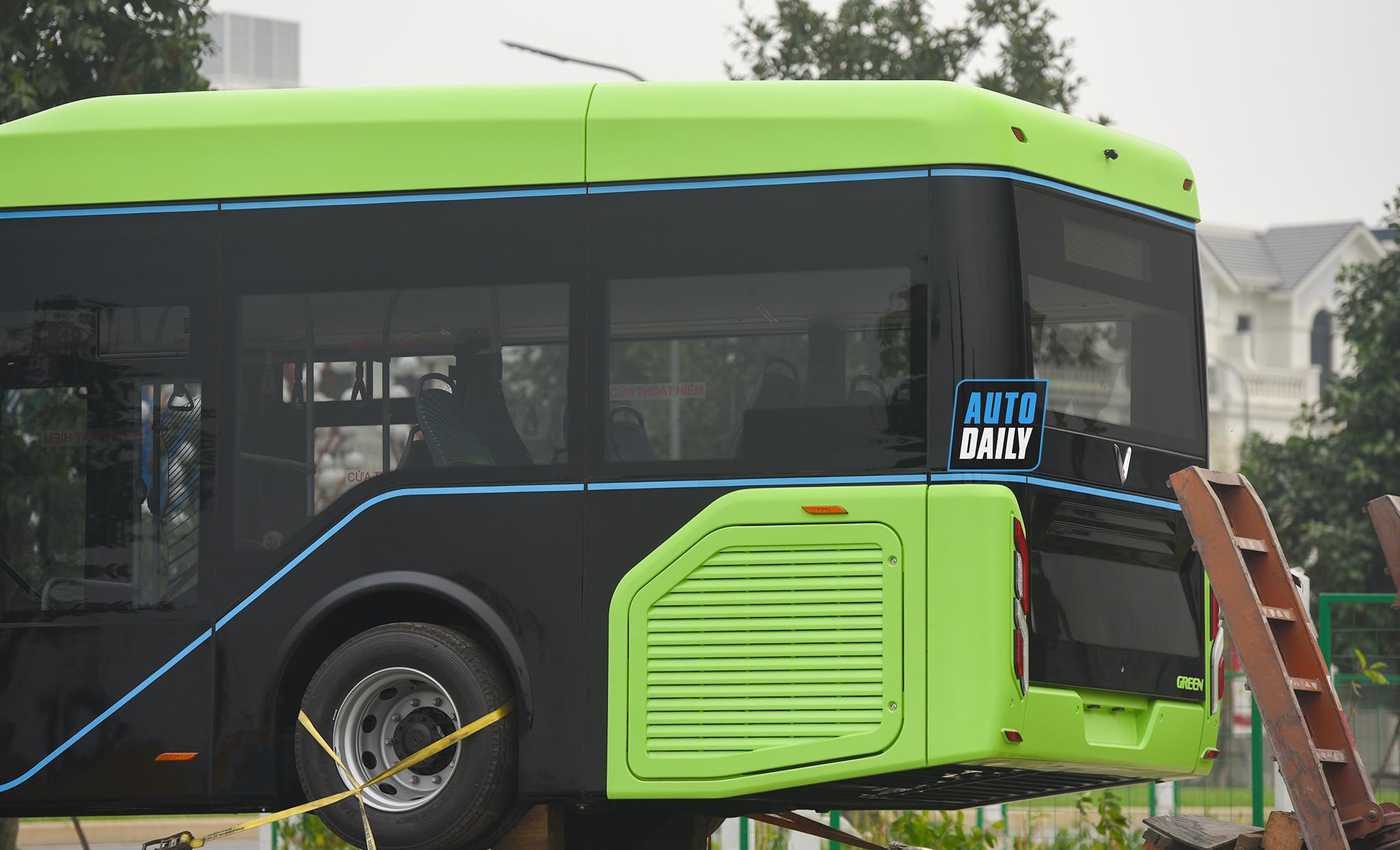 Chùm ảnh loạt xe Bus điện VinFast có mặt tại Hà Nội, sẵn sàng chạy thí điểm dsc-3869-copy.jpg