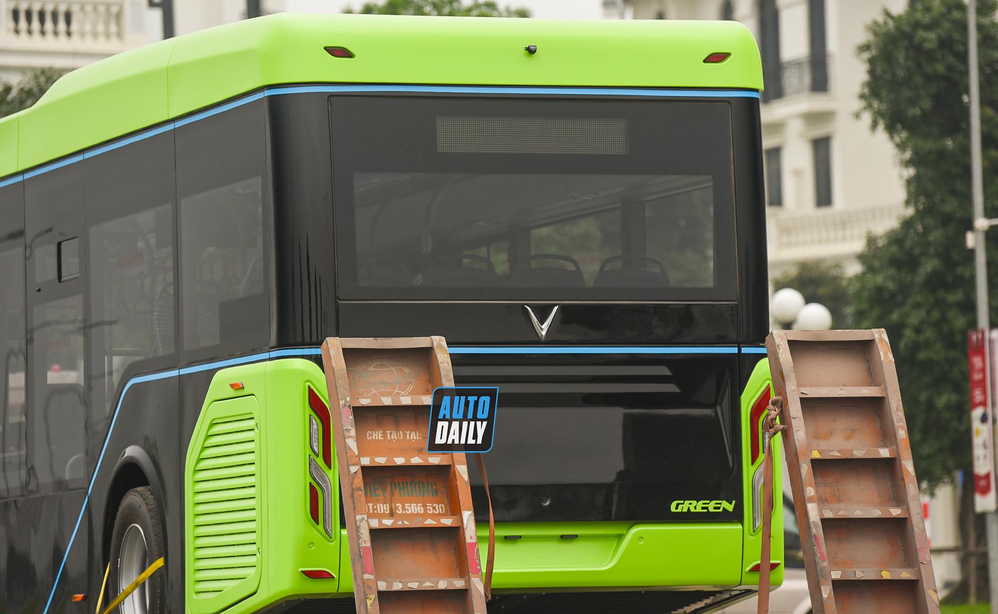 Chùm ảnh loạt xe Bus điện VinFast có mặt tại Hà Nội, sẵn sàng chạy thí điểm dsc-38778-copy.jpg