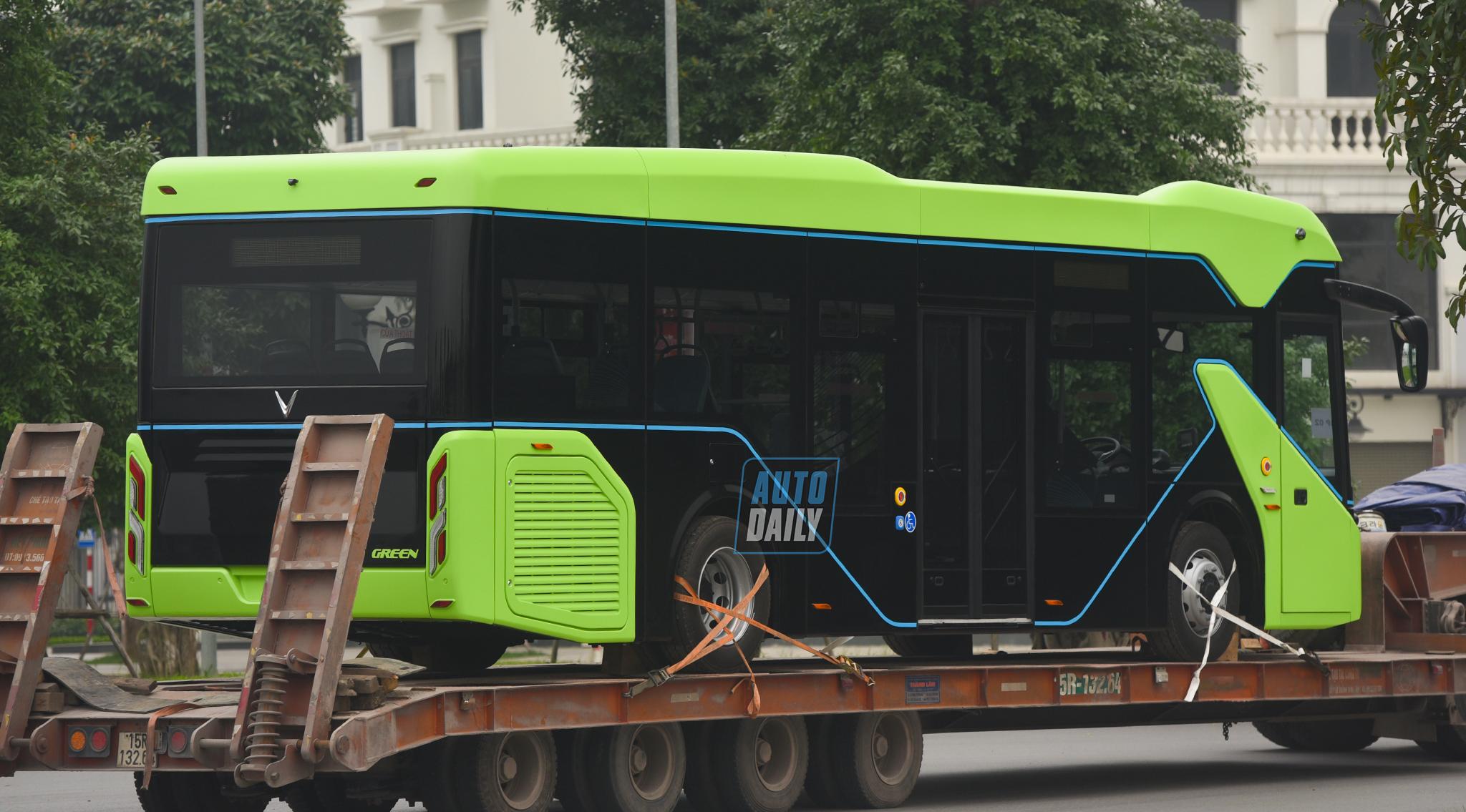 Chùm ảnh loạt xe Bus điện VinFast có mặt tại Hà Nội, sẵn sàng chạy thí điểm dsc-3882-copy.jpg