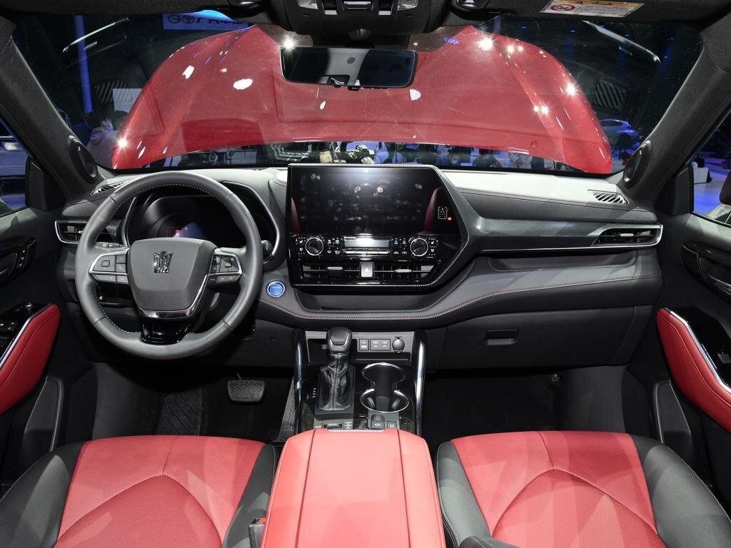 Cận cảnh Toyota Crown phiên bản SUV tại triển lãm Thượng Hải 2021 toyota-crown-kluger-4.jpg