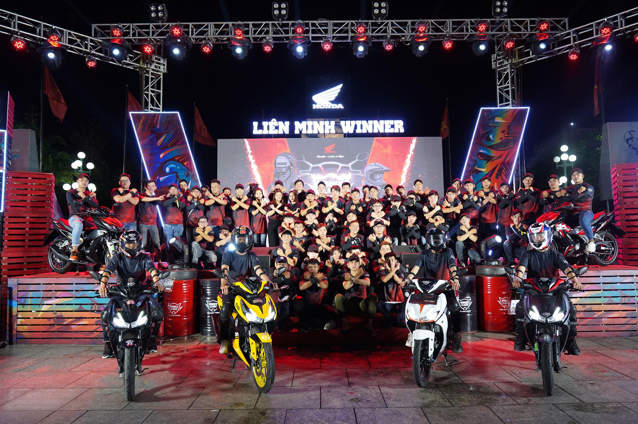 Giải mã sức hút của bộ đôi xe hot Honda Winner X và Air Blade lien-minh-winner-1.jpg