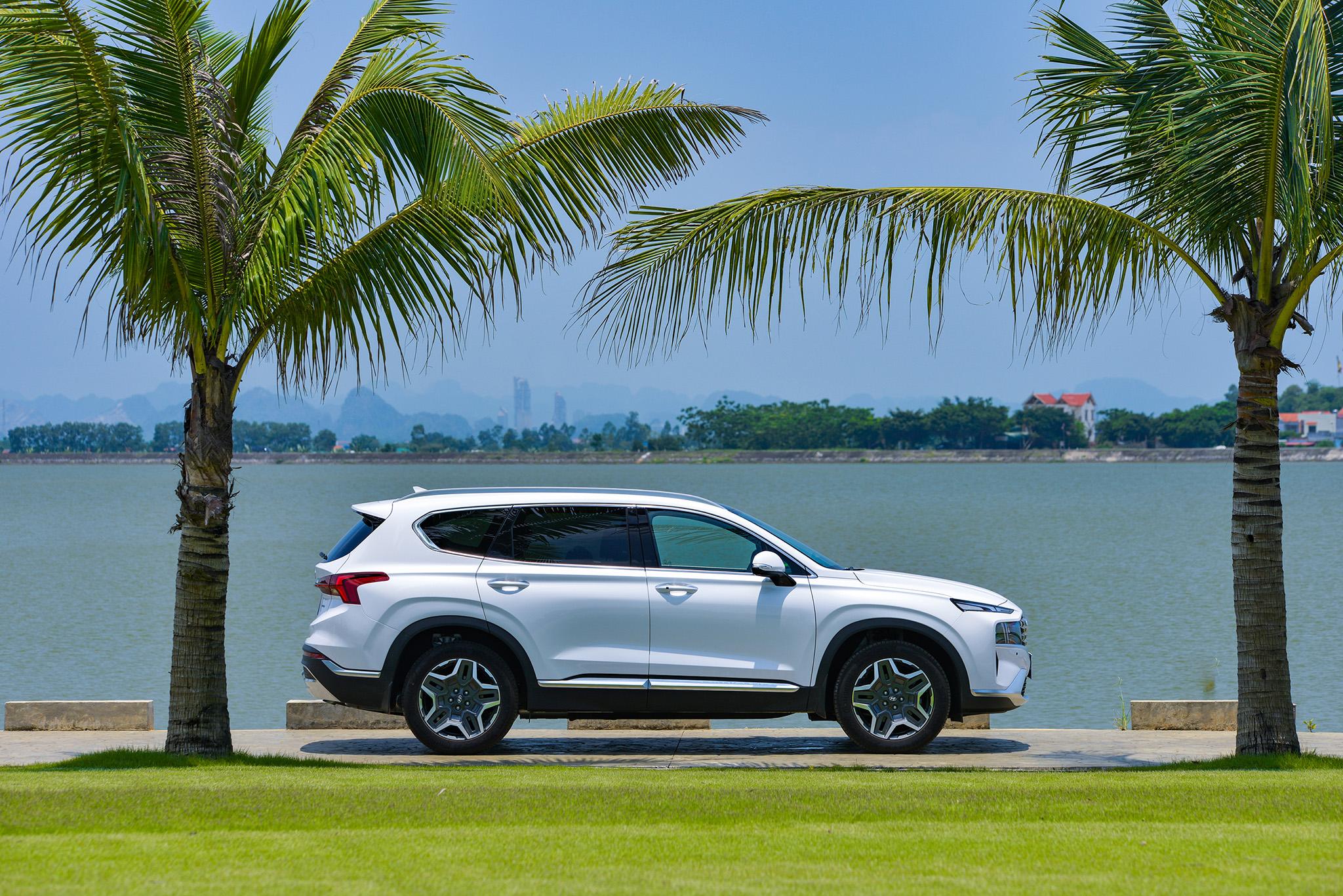 Hyundai Santa Fe 2021 chính thức ra mắt tại Việt Nam, giá từ 1,030 tỷ đồng hyundai-santa-fe-2021-26.jpeg