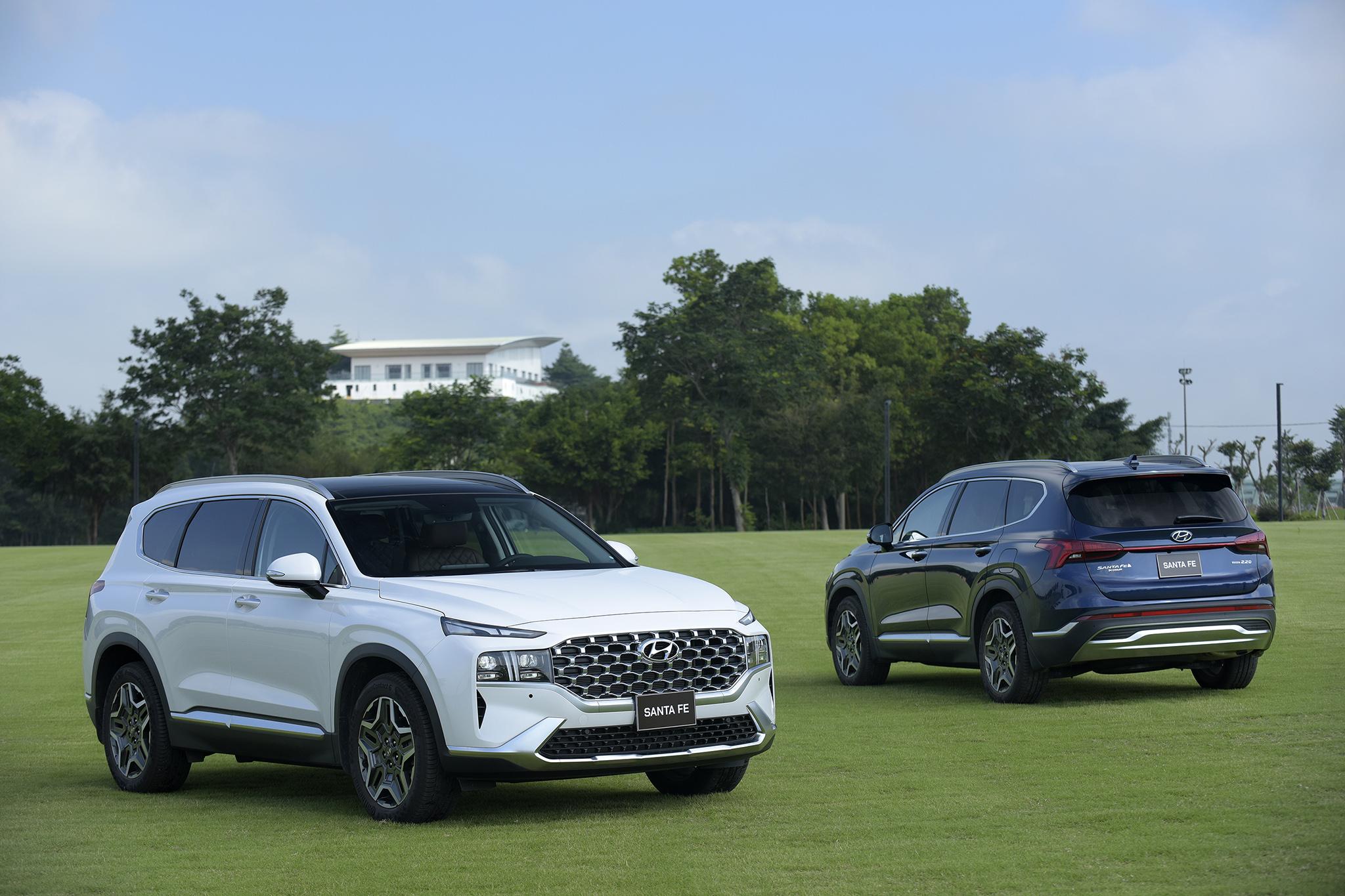 Hyundai Santa Fe 2021 chính thức ra mắt tại Việt Nam, giá từ 1,030 tỷ đồng hyundai-santa-fe-2021-6.jpeg