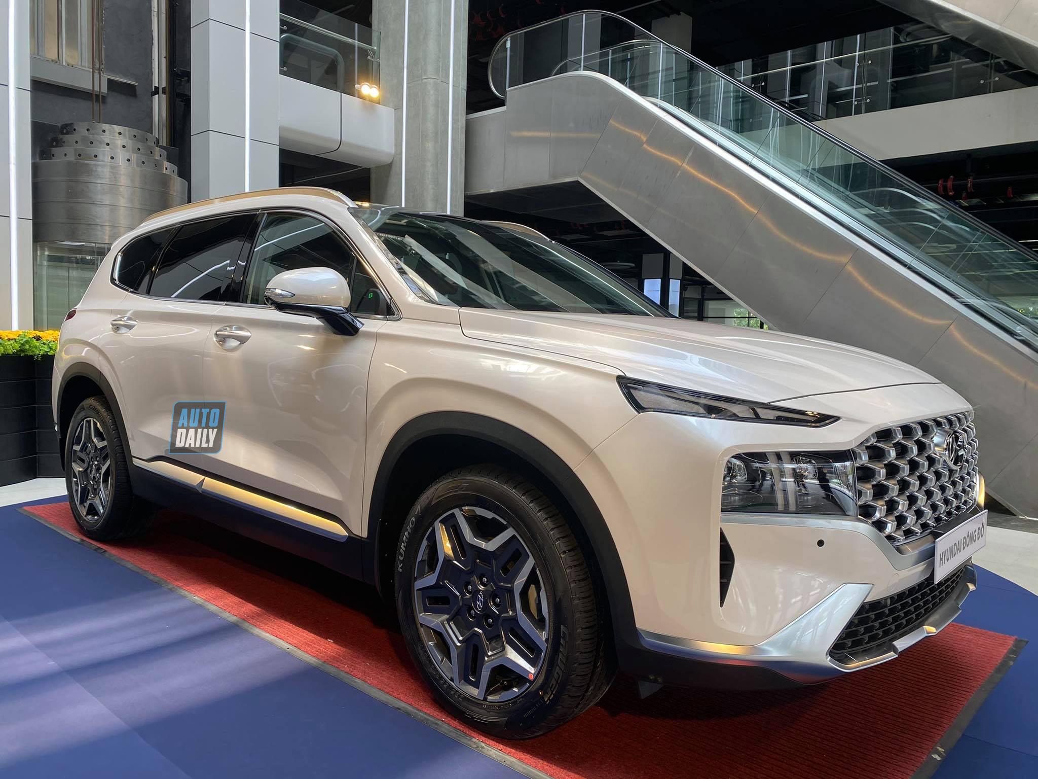 Hyundai SantaFe 2021 đã có mặt tại đại lý, sẵn sàng đến tay người dùng santafe-2021-01.jpg