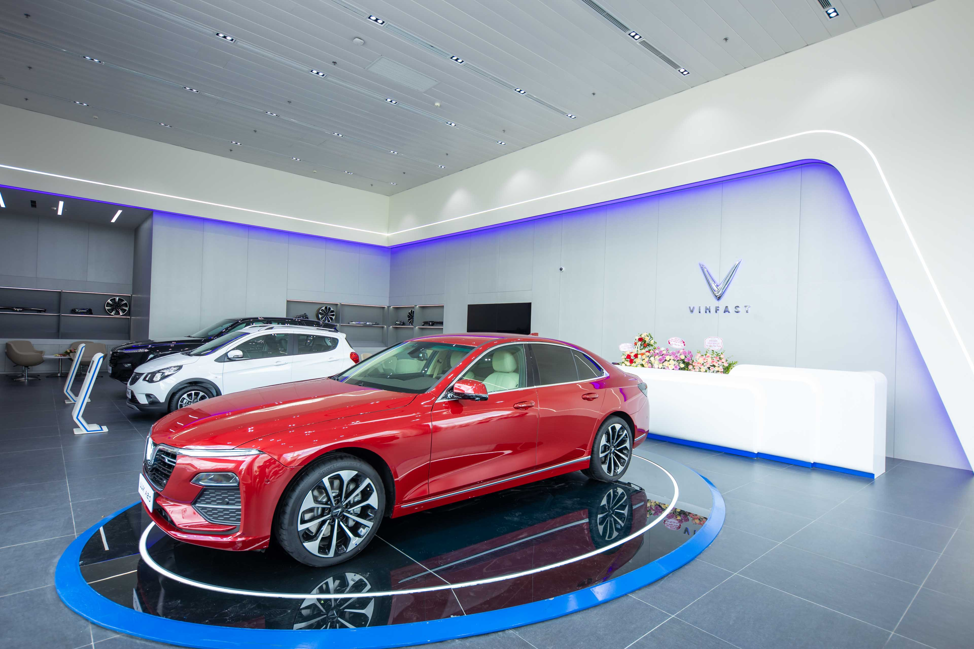 What's special about VinFast's first 3S showroom in Cam Pha?  srcampha-anh2.jpg