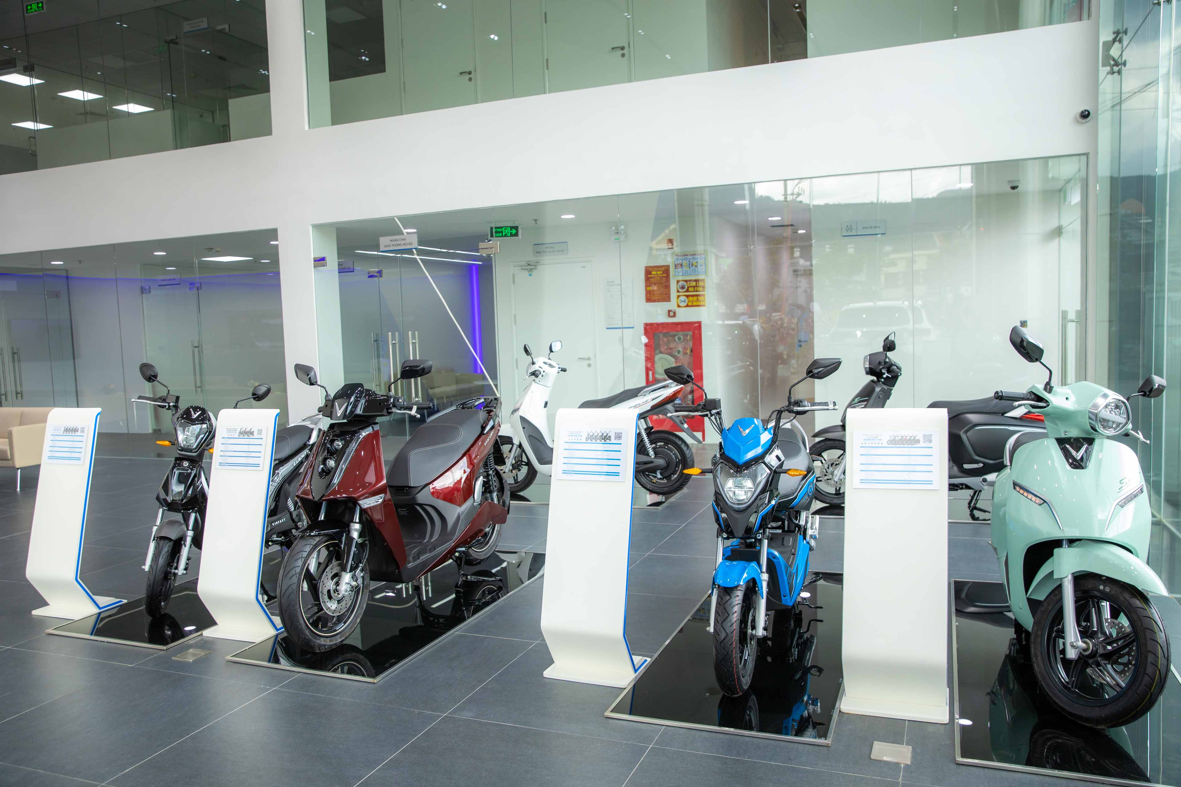 What's special about VinFast's first 3S showroom in Cam Pha?  srcampha-anh3.jpg