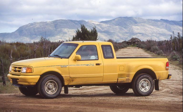 Ford Ranger 2022 có thêm gói trang bị đặc biệt từ những năm 90 1995-baja-bad-boys-122-1617729510.jpeg