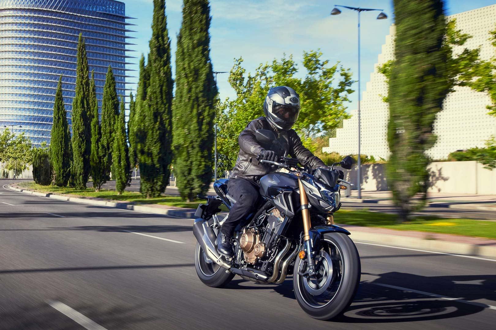 Bộ 3 xe mô tô phân khối lớn 500cc của Honda thêm loạt nâng cấp Honda CB500F 2022.jpg