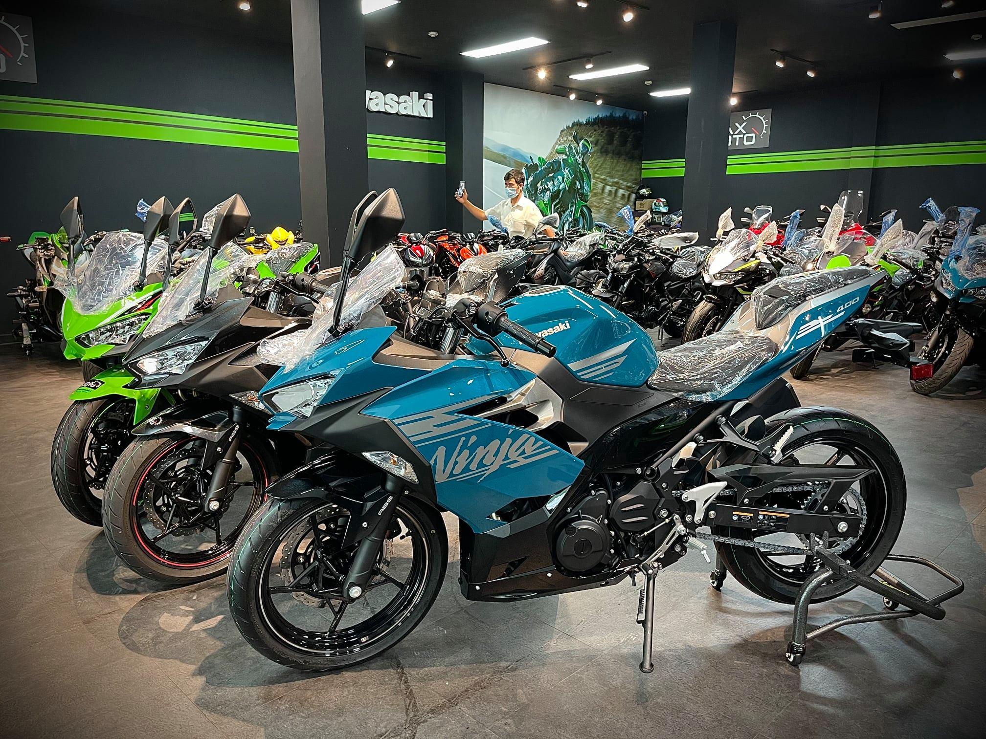 Kawasaki Ninja 400 2021 ấn tượng với diện mạo mới, giá từ 159 triệu đồng Kawawasaki Ninja 400 2021 (1).jpg