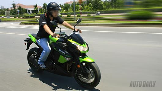 Kawasaki Z1000 – Cuốn hút mọi ánh nhìn - 1
