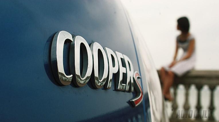 Xuống phố với Mini Cooper