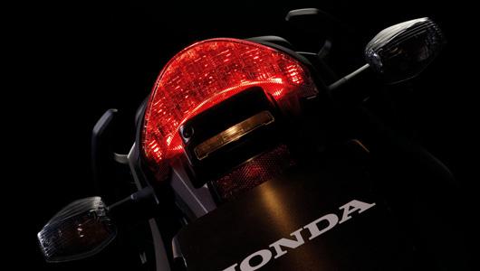 Honda CB600F - Naked-bike hạng sang - 4