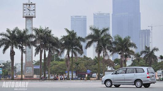 """Toyota Innova 2012 - """"Tốt gỗ hơn tốt nước sơn"""" - 2"""